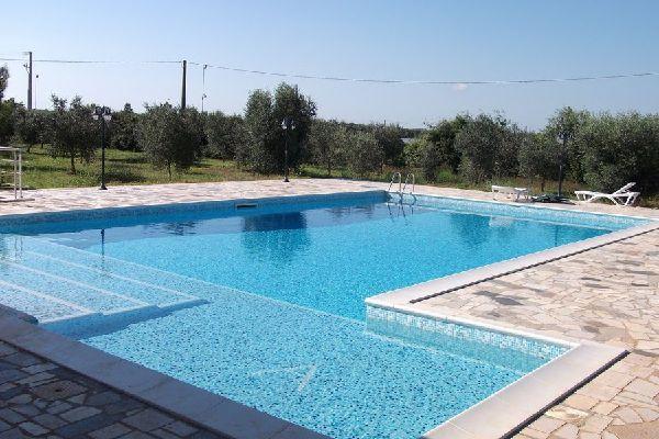 Tutto piscine progettazione e realizzazione di piscine e impianti sportivi - Piscina skimmer ...